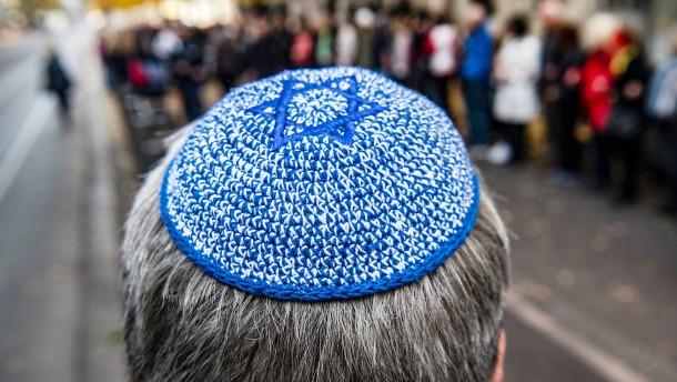 Richterbund besorgt über Zunahme judenfeindlicher Straftaten