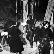 Das Archivbild vom November 1939 zeigt Aufräumarbeiten nach dem Bombenattentat auf Adolf Hitler im Münchner Bürgerbräukeller.