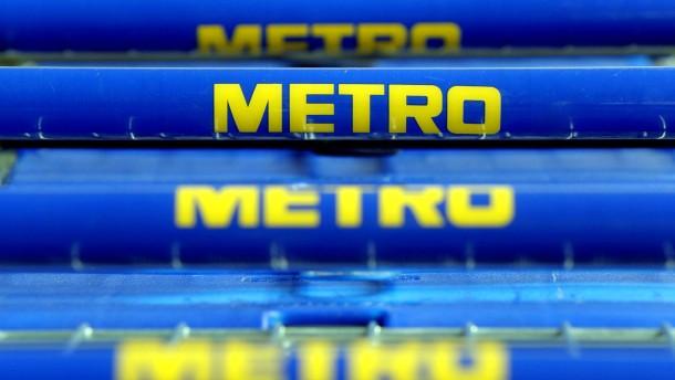 Zu wenig bewegt: Bei der Metro standen die Einkaufswagen zu oft still