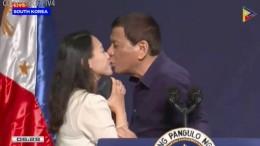 Philippinischer Präsident erzwingt Kuss von Unbekannten