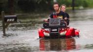 Überschwemmungen kosten mindestens zwei Menschen das Leben