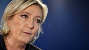 Nützt der Anschlag von Paris Marine Le Pen?
