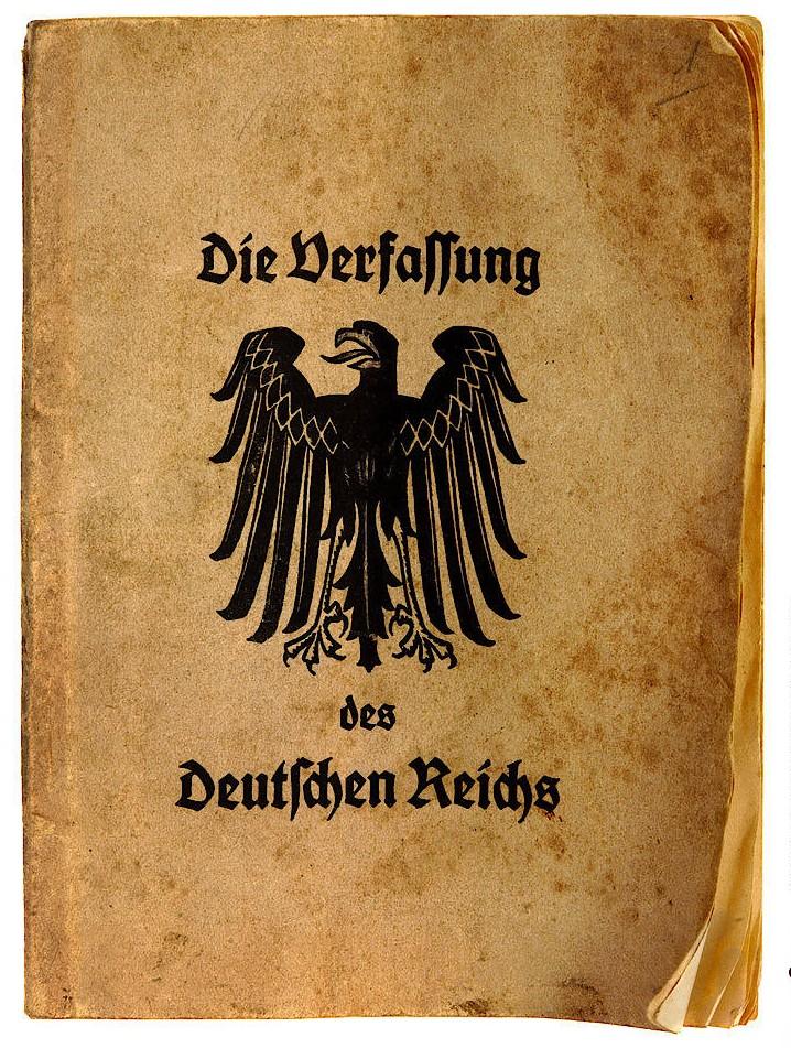 """Schülerausgabe der am 31. Juli 1919 in Weimar beschlossenen """"Verfassung des Deutschen Reiches"""""""