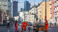 Könnte von einem möglichen Fahrverbot betroffen sein: Die Kurt-Schumacher-Straße in Frankfurt