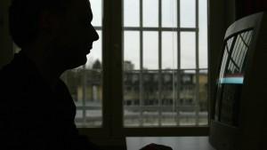 Gefangene haben keinen Anspruch auf Internet