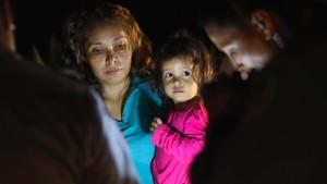 Gericht setzt Trump-Regierung Ultimatum bei Migrantenkindern