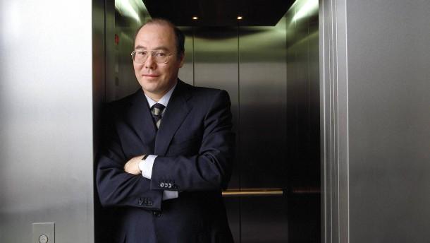 Chemiker, Einwanderer, 100-Millionen-Euro-Mann