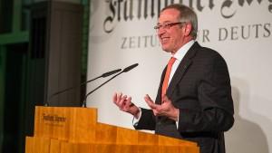 Ehemaliger F.A.Z.-Korrespondent Günter Bannas erhält Theodor-Wolff-Preis