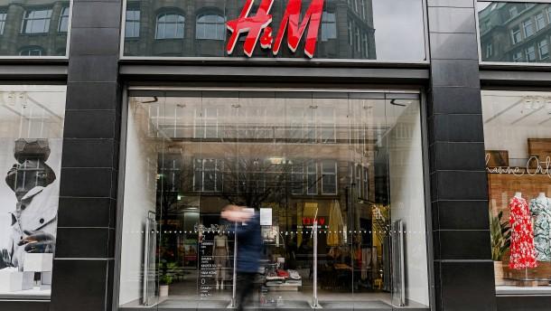 Kritik an Größenvorgaben bei Lockerungen für Geschäfte