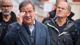 Scholz und Laschet sagen Bund-Länder-Hilfen zu