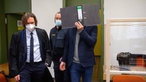 Angeklagter in München gesteht Videochats mit Kindern
