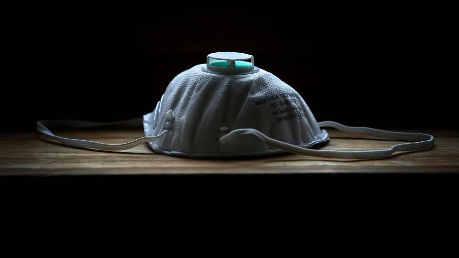 Soll vor Viren schützen: eine Maske der Sicherheitsklasse FFP 2