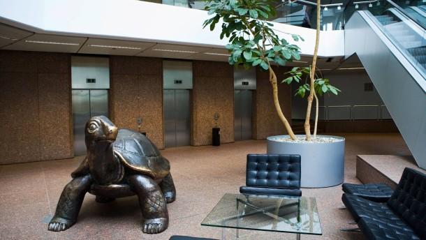 Eiserne Schildkröte - die Bundesfinanzagentur steigt mit einer Werbekampagne ins Privatkundengeschäft ein