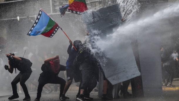 Gewaltsame Proteste in Chile dauern an