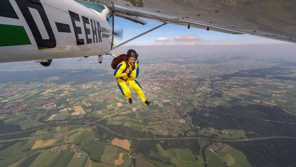 Wenn der Flugzeugführer selbst abspringen muss