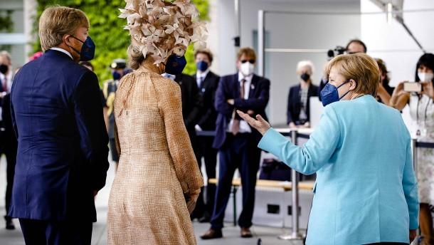 Niederländisches Königspaar trifft Merkel