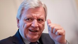 Bouffier fordert Meldepflicht für Gefährder