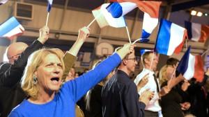Frankreichs drohende Lähmung