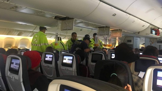 Boeing 777 muss in Honolulu notlanden