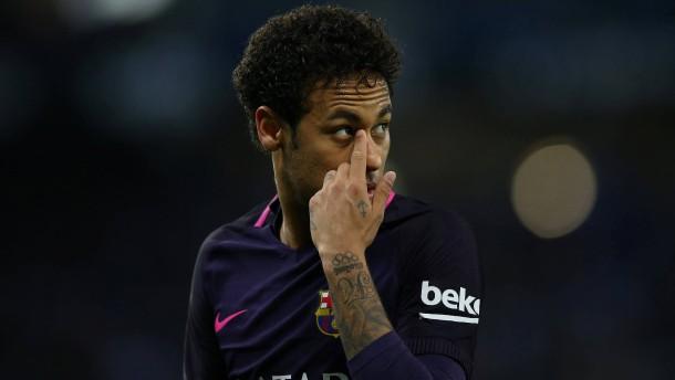 Neymar muss wegen Betrugs auf die Anklagebank