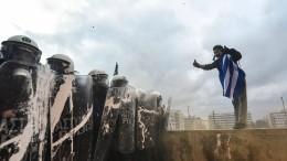 Randale überschattet friedliche Demo in Athen