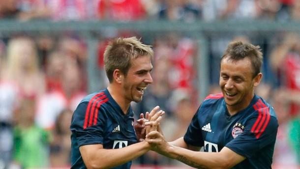 Guardiolas Bayern besiegen Barcelona