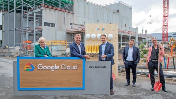 Google investiert eine Milliarde in Deutschland