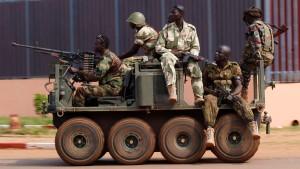 UN–Sicherheitsrat billigt Intervention