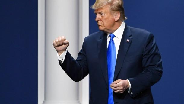 Trump greift die Notenbanker an