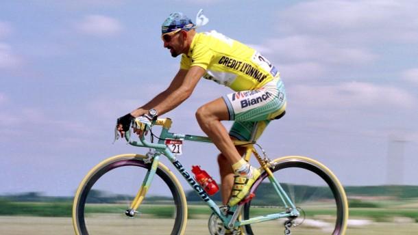 Pantani bleibt Toursieger