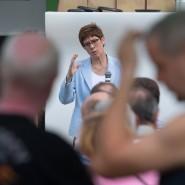 CDU-Chefin Annegret Kramp-Karrenbauer während einer Wahlkampfveranstaltung in Weißwasser