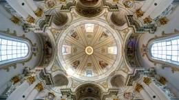 Solche Fotos von Kirchen haben Sie noch nie gesehen