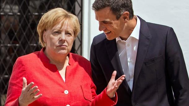 Wie Merkel im Lichte des Brexits um Spanien wirbt
