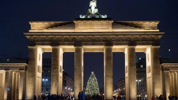 Grüne fordern dunkles Brandenburger Tor