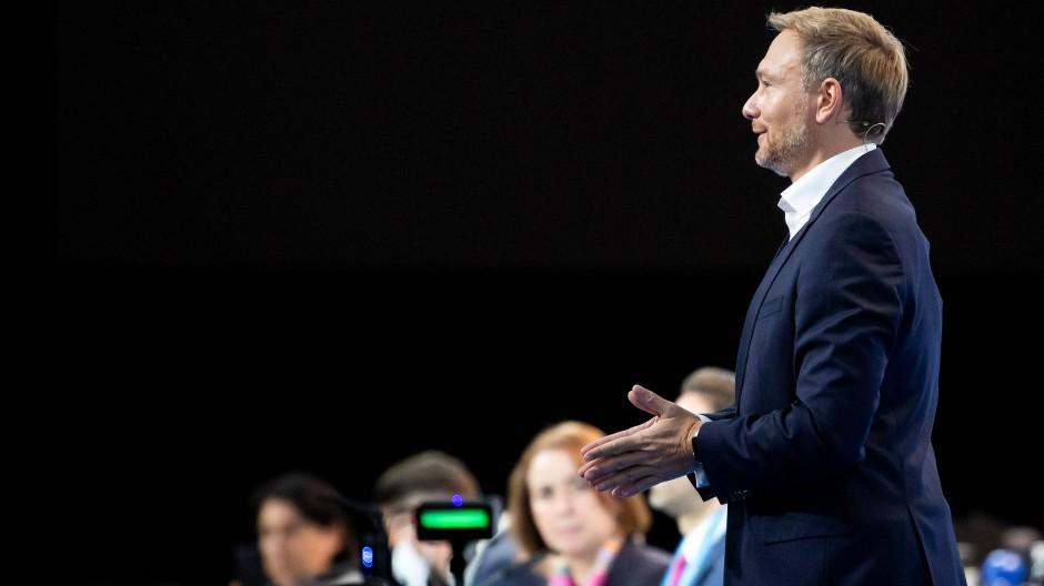 Der Parteivorsitzende der FDP zieht nach seiner Rede auf dem Parteitag Kritik auf sich.