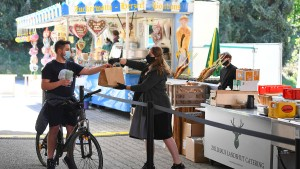 Deutschlands erstes Drive-in-Volksfest