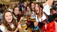 Weniger Maß getrunken, mehr Ochsen gegessen