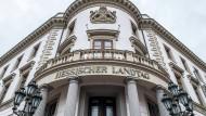 Die AfD ist jetzt in allen deutschen Landtagen vertreten, mit der Wahl am Sonntag wird sie auch in den Hessischen Landtag in Wiesbaden einziehen.