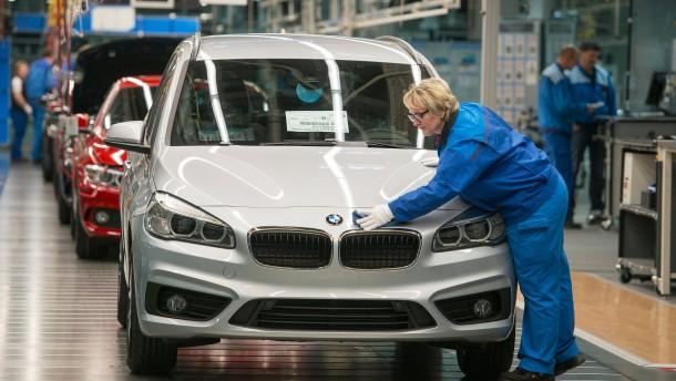 """Exportüberschüsse: Deutschlands Wirtschaft ist """"zu stark"""" – warum?"""