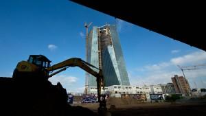 128 Großbanken müssen zum Bilanz-TÜV der EZB