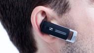 Am Mann: Sennheiser Presence UC mit herausschiebbarem Mikrofonsteg