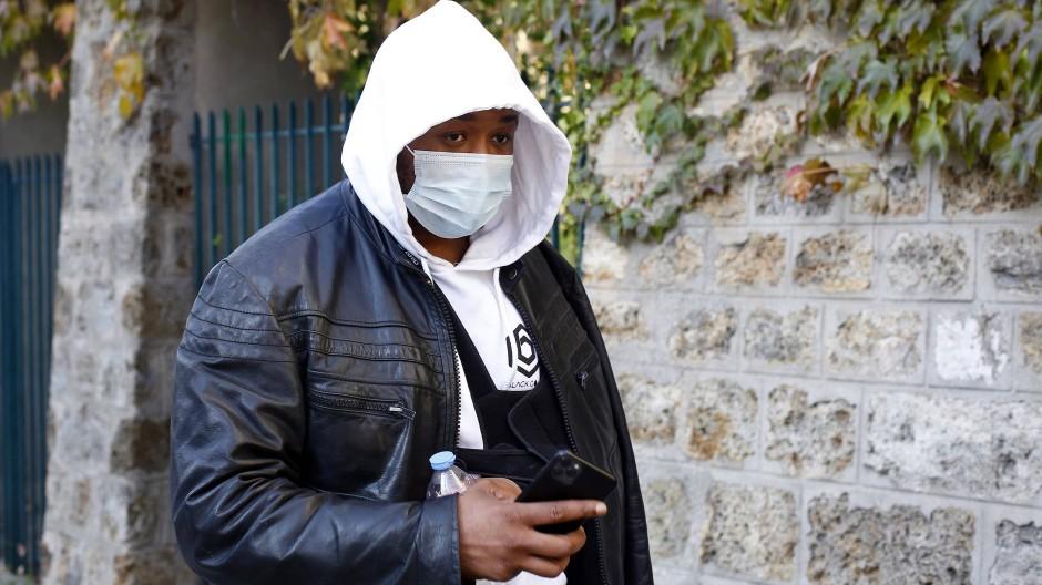 Der Musikproduzent Michel gibt an, auch rassistisch beleidigt worden zu sein.