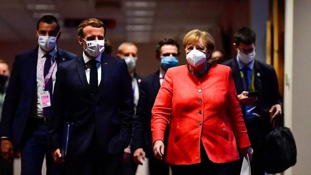 Wie Merkel und Macron Rutte und Orbán in die Schranken wiesen