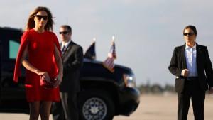 Desperate White-House-Wife