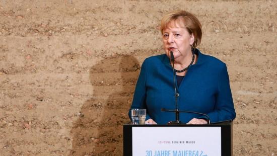 Merkel erinnert an Opfer der SED-Diktatur