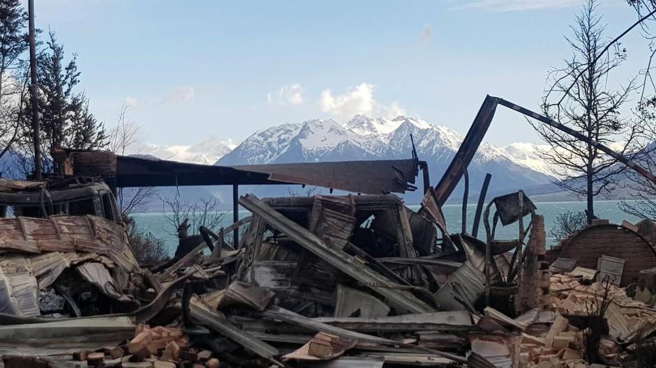Waldbrand zerstört Ort in Neuseeland