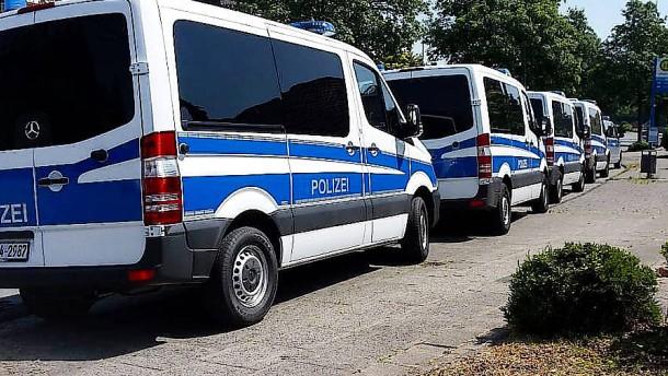 Polizei findet vermissten 15-Jährigen in Wohnung von Pädophilieverdächtigem