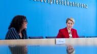 """Mehr Anfragen beim Hilfetelefon """"Gewalt gegen Frauen"""""""