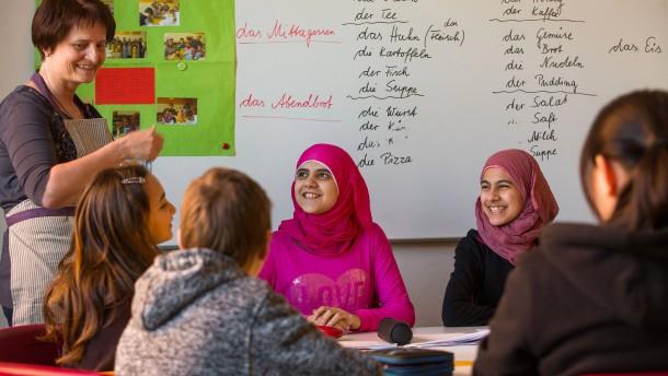 Unionsfraktionschefs fordern Wertekunde für Flüchtlingskinder
