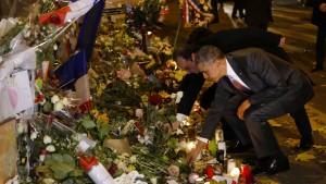 Obama trauert vor dem Bataclan